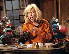 http://dangerousminds.net/comments/theres_awesome_and_theres_muppet_blondie_awesome?utm_source=Dangerous Minds newsletter