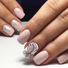 What Christmas manicure to choose for a festive mood - My Nails Gel Toe Nails, French Manicure Acrylic Nails, Best Acrylic Nails, Blue Glitter Nails, Shiny Nails, Butterfly Nail Art, Special Nails, Nail Art For Beginners, Finger Nail Art