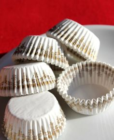 white & gold cupcake liners