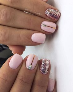 Want some ideas for wedding nail polish designs? This article is a collection of our favorite nail polish designs for your special day. Square Acrylic Nails, Pink Acrylic Nails, Square Nails, Shellac Nails Glitter, Fancy Nails, Pretty Nails, My Nails, Nail Polish Designs, Acrylic Nail Designs