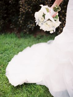 Lovely Maryland Horse Farm Wedding at Woodlawn Manor: http://www.stylemepretty.com/maryland-weddings/2014/08/25/lovely-maryland-horse-farm-wedding-at-woodlawn-manor/ | Photography: Meghan Boyer - http://www.meghanboyerweddings.com/