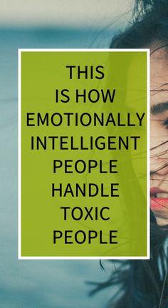 This Is How Emotionally Intelligent People Handle Toxic People Herbal Remedies, Health Remedies, Natural Teething Remedies, Natural Cold Remedies, Health And Wellbeing, Health Benefits, Intelligent People, Feel Good Food