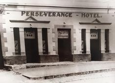 The Early History Of South Africa`s Oldest Pub – Perseverance Tavern – DrinksFeed Old Photos, Vintage Photos, Old Pub, Restaurant Interior Design, Cape Town, Old Town, South Africa, Cathedral, History