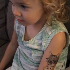 #24HourTees is now stocking select @tattly #tattoos in store! Here's a satisfied customer showing her tat some #love! :) Come get yours right #meow! https://video.buffer.com/v/57e15120d3954eb7226cc93f