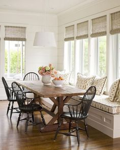 This awesome image collections about 30 Amazing Modern Farmhouse Dining Room Decor Ideas is available