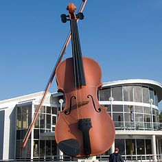 World's largest Violin - Nova Scotia