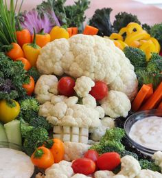 Mommy on the Money: Halloween Veggie Platter - Cauliflower Skull