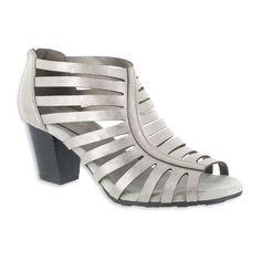 f35ee46dc38cc Easy Street Dreamer Women s High Heel Sandals