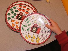 Free farm themed count and clip circles   farm.  Counting skills.