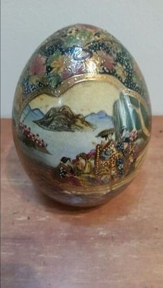 Antique Satsuma gold enamel Geisha decorated egg in Jacksonville, FL (sells for $195)