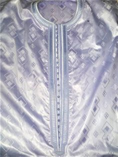 African Shirts For Men, African Dresses For Kids, African Attire For Men, African Prom Dresses, African Clothing For Men, African Fashion Dresses, Latest African Men Fashion, Nigerian Men Fashion, Broderie Simple