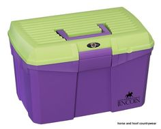 Lincoln Tack Box Lincoln Limited Edition - Medium A high specification tack box suitable for all equestrian needs Features removable tray for convenience.