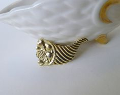 Vintage Cornucopia Apron Pin, Horn of Plenty Jewelry, Thanksgiving Costume Jewlery, Textured Goldtone Autumn Fruit Cornucopia Stick Pin - pinned by pin4etsy.com