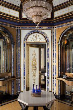 A verre églomisé cloakroom in Kuwait