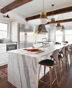 Birgitte Pearce Design Grey Kitchen Island, White Kitchen Backsplash, White Kitchen Decor, Backsplash Ideas, Kitchen Ideas, Waterfall Island, Modern Farmhouse Table, Kitchen Designs Photos, Grey Kitchens
