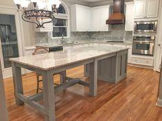 How to put your kitchen credenza? Home Kitchens, Kitchen Remodel, Kitchen Inspirations, Kitchen Island Design, Kitchen Island Decor, Kitchen Island Table, Home Decor Kitchen, Kitchen Interior, Interior Design Kitchen