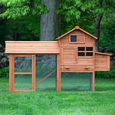 This compact starter chicken coop is an all-time best-seller, housing up to 4 chickens! Great value, too!