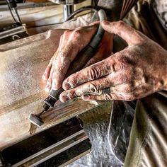 hands #longboard #handcraft #wood #skateboard #skate #handmade #hands #dremel #passion