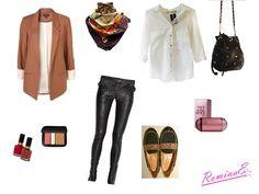 Leather pants (pueden ser leggins engomadas) camisa blanca y chatas combinadas en negro y print leopardo. Completa el equipo con blazer terracota, pañuelo al tono y bandolera con tachas.