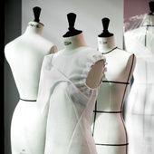 Savoir-faire: le défilé Dior automne-hiver 2016-2017 sous toutes les coutures | Vogue