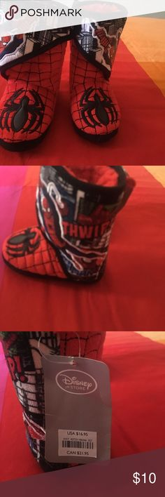 Spiderman slippers Nwt. Size 7-8c Disney Shoes Slippers