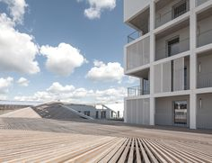 Mixed-use Complex : Social Housing and Commercial Space