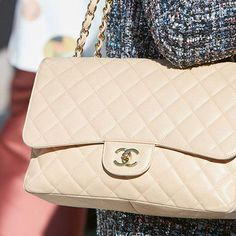 522a8bef53a0 Win A Vintage Chanel Bag #WomensShoulderbags Vintage Chanel Bag, Vintage  Glam, Van Cleef