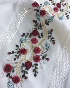 Hand Embroidery Designs, Floral Embroidery, Crochet Bedspread, Bargello, The Smoke, Foto E Video, Buddha, Elsa, Instagram