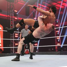 Drew McIntyre looks to complete his decades-long journey by conquering Brock Lesnar and becoming WWE Champion at WrestleMania. Brock Lesnar Wwe, Wwe Pay Per View, Drew Mcintyre, Wwe Champions, Wwe Photos, Professional Wrestling, Titanic, Superstar, Concert