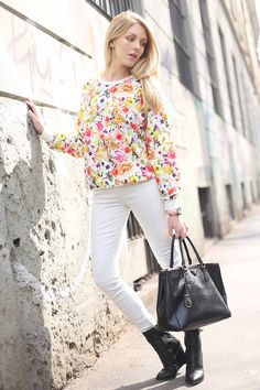 White jeans + black ankle boots + floral print top