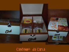 Caixa madeira com 4 divisórias para os pacotes de chá,com gaveta .  15,00€