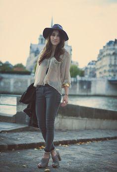 Behind Notre Dame (by Elena F) http://lookbook.nu/look/4244103-Behind-Notre-Dame