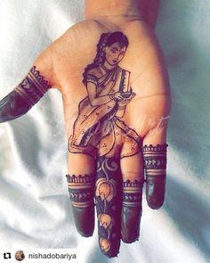 Stylish Mehndi Designs, Mehndi Designs 2018, Mehndi Design Photos, Beautiful Henna Designs, Dulhan Mehndi Designs, Mehndi Images, Henna Mehndi, Mehendi, Henna Flower Designs