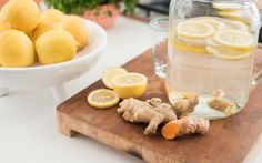 Prep and cook time: 20 minutes Serves 4 4 cups water 1 teaspoon organic turmeric powder (or a strip fresh turmeric root, peeled) 1 Turmeric Lemonade, Turmeric Drink, Ginger Lemonade, Turmeric Recipes, Tumeric And Ginger, Fresh Turmeric Root, Organic Turmeric, Fresh Ginger, Real Food Recipes