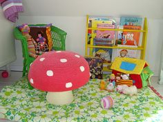 Pretty reading area for #kids. Check more at www.northcarolinahomes.com