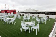 Pop-up Bars at Epsom Racecourse built by The Halo Group #TemporaryStructures #Pop-Up #Bar #EventBar