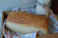Saras madunivers: Dejligt Speltbrød med solsikkekerner. Baking, Bakken, Backen, Sweets, Pastries, Roast