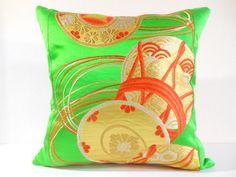 私の Etsy ショップからのお気に入り https://www.etsy.com/listing/287215171/japanese-silk-kimono-obi-pillow-369