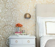 Gold floral wallpaper + neutral bedroom