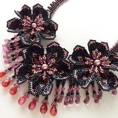 新作です^o^ w1418/ブラック、メタリックピンクのお花チョーカー✨✨✨ #カザリ咲色 #ビーズ #ビーズワーク #ビーズステッチ #ビーズチョーカー #ビジュー #ハンドメイド #手作り #手芸 #ピンク #ハンドメイドアクセサリー #コスチュームジュエリー #bead #beads #beading #beadedflower #beadwork #bijoux #beaded #beadedjewelry #handmade #handcrafted #accessories #handmadejewelry #choker #instajewelry #instagood @kazari_sakuiro