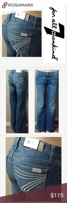 """7 FAM Dojo 25x31 NWT NWT 7 For all Mankind Dojo jeans size 25  """"Short"""" original unaltered inseam 31"""", rise 8"""", waist laid flat 14"""". The dojo with famous cream stitched 7 on back pockets. Vibrant light blue washed stretch denim with medium fading. Factory whiskering. Brand new with tags. No trades. 7 For All Mankind Jeans Flare & Wide Leg"""