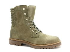 Stoere schoenen van Shoecolate, 652.71.470.01. #armygreen #toughgirls #fall #topshoe #newcollection