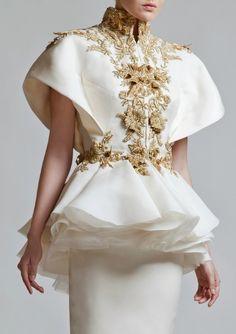hautekills: Krikor Jabotian haute couture s/s 2013 Haute Couture Style, Couture Mode, Couture Details, Fashion Details, Couture Fashion, Runway Fashion, Womens Fashion, Fashion Design, Fashion Killa
