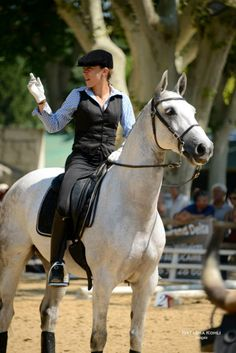 Claire Moucadel Working Equitation
