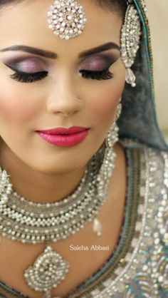 "Beautiful Bridal makeup done by Saleha Abbasi! ""Love her work and hope I can be as talented as she is one day!"" ~ by Maha Karim, Atlanta Pakistani Makeup Looks, Indian Bridal Makeup, Asian Bridal, Bride Makeup, Wedding Makeup, Bridal Make Up Inspiration, Bollywood Makeup, Beautiful Bridal Makeup, Arabic Makeup"