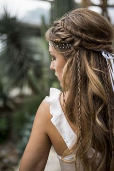 Love this hairstyle wedding hairstyles updo Wedding hairstyle, Wedding updo Wedding hairstyle trend, Bridal hair, Bridal inspiration, Wedding inspiration # brautfrisur Brautmode brautstyling brauthaare Veil Hairstyles, Wedding Hairstyles For Long Hair, Wedding Hair And Makeup, Hairstyle Wedding, Braided Bridal Hairstyles, Bohemian Wedding Hairstyles, Wedding Nails, Hairstyle Ideas, Hairstyles For Brides