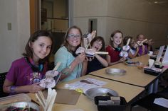 Try making a string instrument at Experience Italy