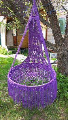 Дои и сад. Гамак своими руками. Macrame Hanging Chair, Macrame Chairs, Macrame Plant Hangers, Macrame Art, Macrame Projects, Macrame Knots, Crochet Hammock, Diy Hammock, Boho Beautiful