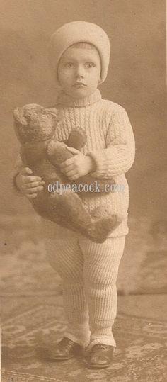 Teddy bear toy Steiff photo boy winter antique cute