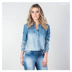 Look all jeans cheio de personalidade, e detalhe para camisa que deixou a produção ainda mais trendy! #gdokyjeans #camisajeans #alljeans